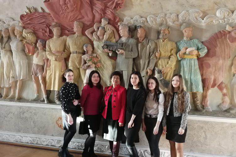 Студенты ИЭУ посетили Бурятский гос. акад. театр Оперы и балета