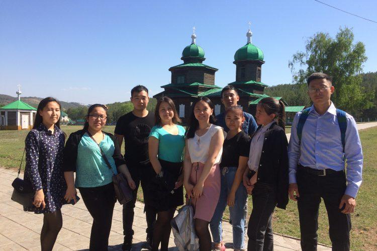 Студенты ГМУ ИЭУ  в Этнографическом музее народов Забайкалья
